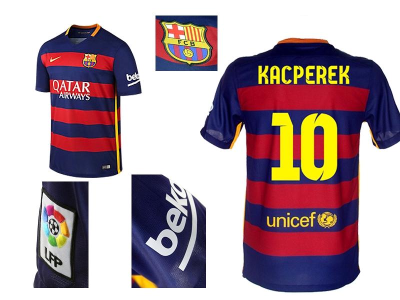 f05ed88e96bfb9 Męska koszulka piłkarska 2015/16 FC Barcelona Stadium Home jest wykonana z  odprowadzającego wilgoć materiału, dzięki czemu jest lekka i wygodna.